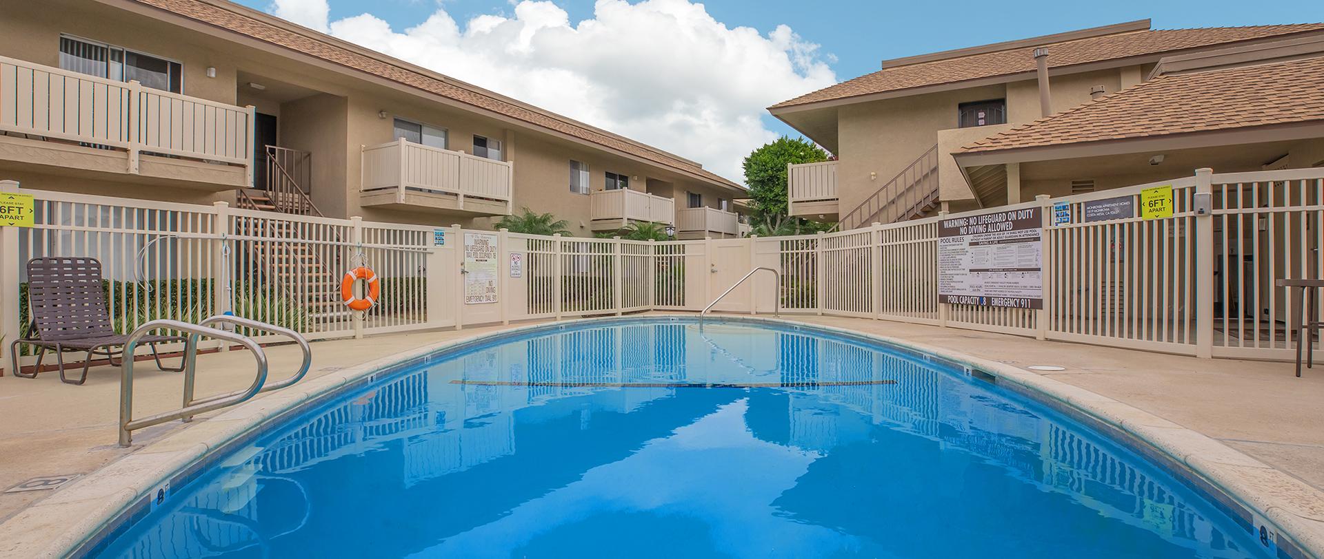 The Monrovia Apartment Homes Apartments In Costa Mesa Ca